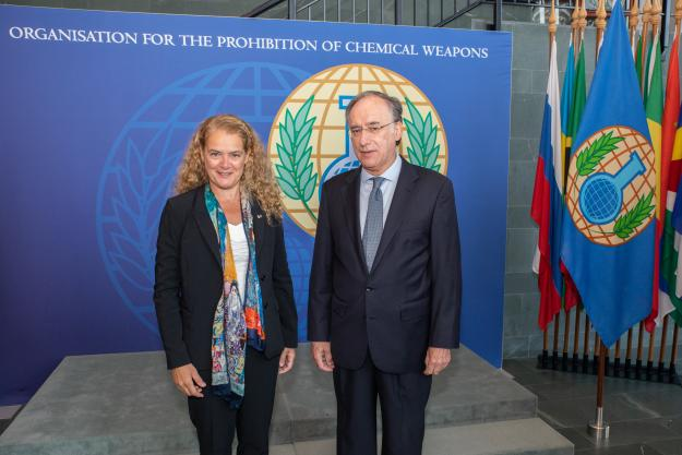H.E. the Right Honourable Julie Payette, Governor General of Canada, visited today the headquarters of the Organisation for the Prohibition of Chemical Weapons (OPCW) in The Hague and met with OPCW's Director-General, H.E. Mr Fernando Arias