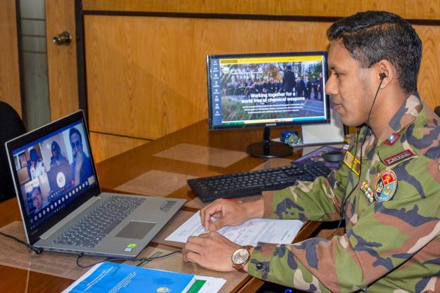 Lt. Col. Abu Tareq Mohammad Rashed from the Bangladesh National Authority follows the Article VI training