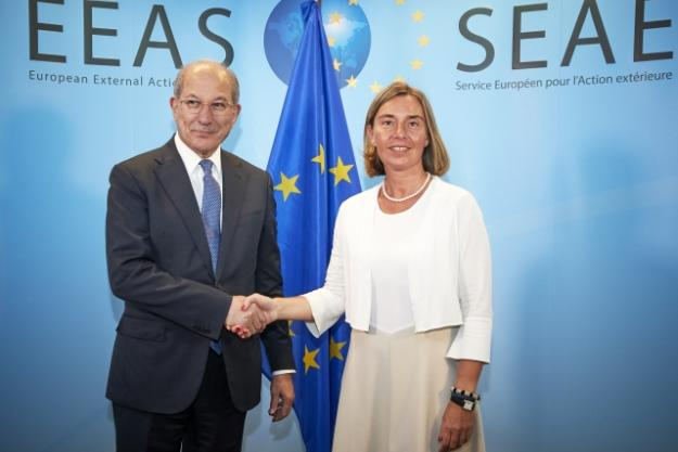 The OPCW Director-General, Ambassador Ahmet Üzümcü, meeting with Ms Federica MOGHERINI, High Representative of the EU for Foreign Affairs and Security Policy.