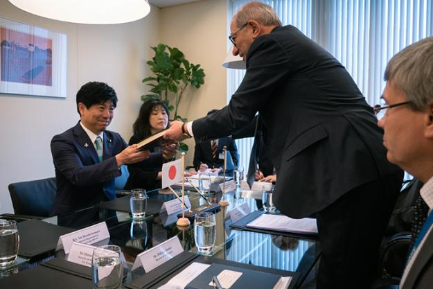 The State Minister of Foreign Affairs of Japan, H.E. Mr Kazuyuki Nakane's visit to OPCW