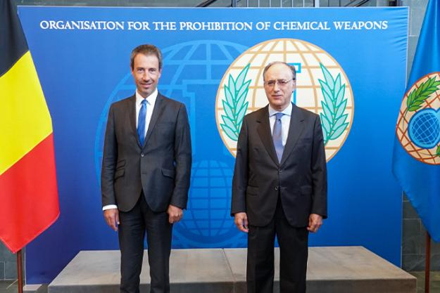 H.E. Mr. Philippe Goffin, Minister of Foreign Affairs and Defence of the Kingdom of Belgium, and H.E. Mr Fernando Arias, OPCW Director-General