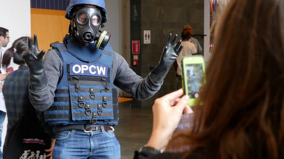 Trying on OPCW inspector gear