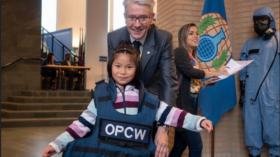Trying on OPCW Inspector Equipment