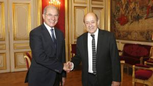 OPCW Director-General Ahmet Üzümcü (left), was received by the French Minister for Europe and Foreign Affairs, H.E. Mr Jean-Yves Le Drian, during a visit to Paris, France on 17 October, 2017. Photo: F. de la Mure/MEAE