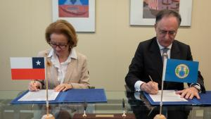 OPCW Director-General, H.E. Mr Fernando Arias, and the Permanent Representative of Chile to the OPCW, H.E. Ambassador Maria Teresa Infante