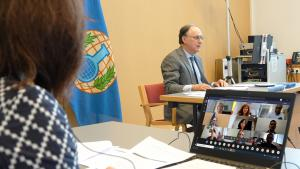 OPCW Director General, H.E. Mr Fernando Arias, and workshop participants