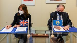 Permanent Representative of the United Kingdom to the OPCW, H.E. Ambassador Joanna Roper CMG, and OPCW Director-General, H.E. Mr Fernando Arias